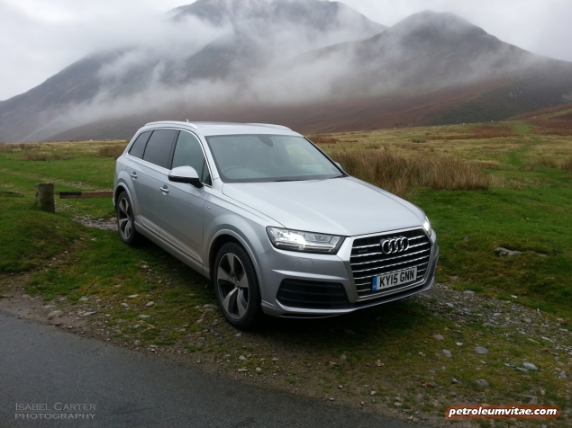 New Audi Q7 3.0 TDI quattro S line 272 PS tiptronic road test review photo wallpaper - exterior