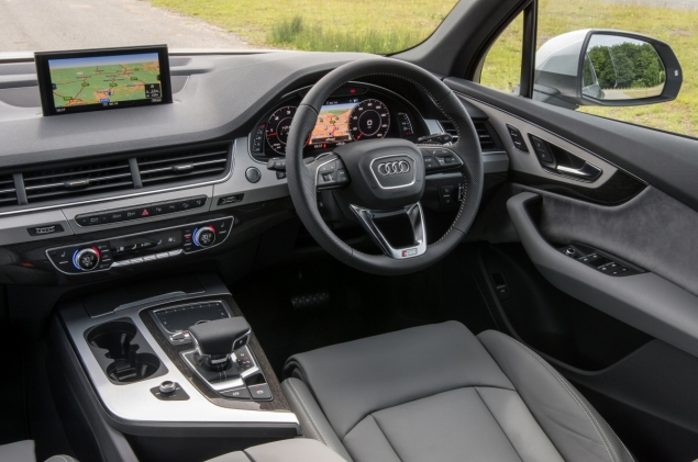 New Audi Q7 3.0 TDI quattro S line 272 PS tiptronic road test review photo wallpaper - interior 7