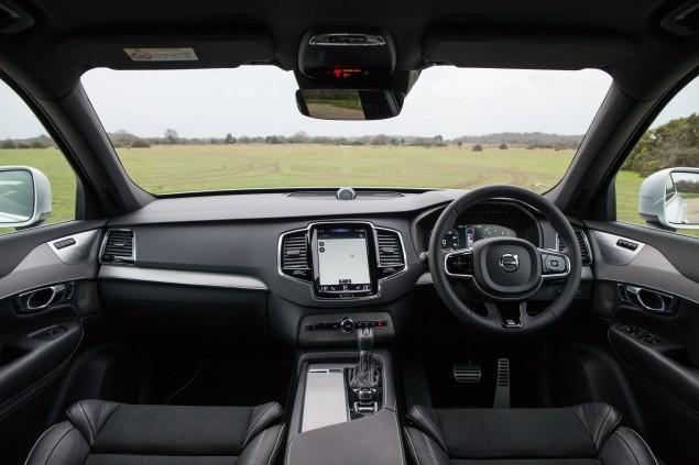 New XC90 interior1