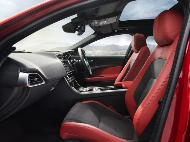 Jaguar XE S road test review - image, interior