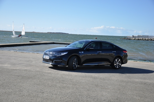 All-new Kia Optima 4 DCT road test review Oliver Hammond - front 34