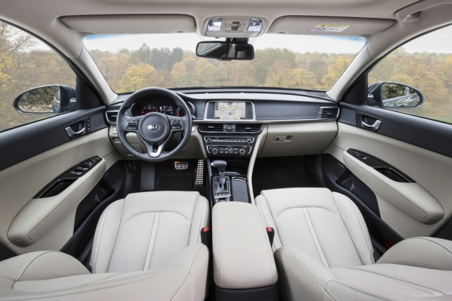 All-new Kia Optima 4 DCT road test review Oliver Hammond - interior2
