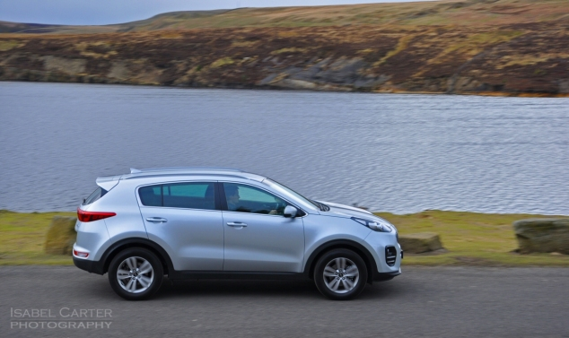 New Kia Sportage crossover - road test review - wallpaper gallery photo - feature