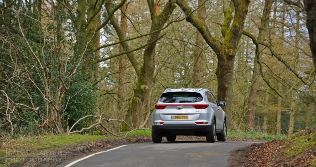 New Kia Sportage crossover - road test review - wallpaper gallery photo - journalist