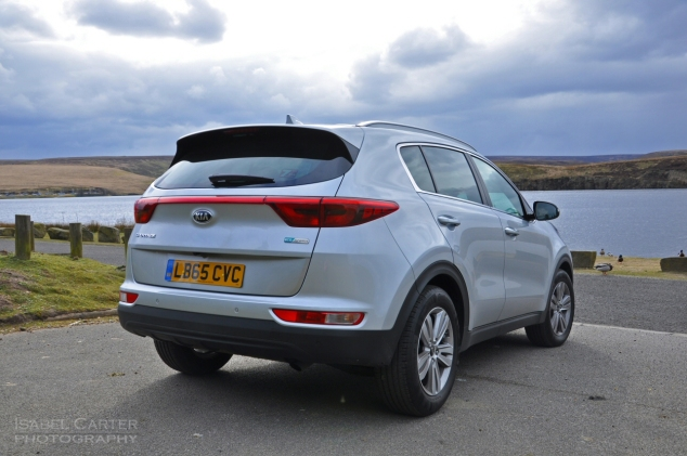 New Kia Sportage crossover - road test review - wallpaper gallery photo - magazine