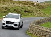 Jaguar F-Pace 2.0d R-Sport AWD road test review photo wallpaper - front