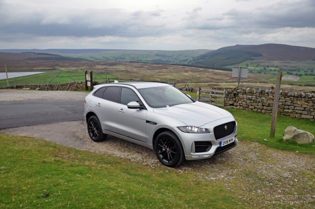 Jaguar F-Pace 2.0d R-Sport AWD road test review photo wallpaper - front2