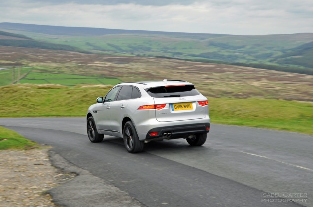Jaguar F-Pace 2.0d R-Sport AWD road test review photo wallpaper - rear 34b