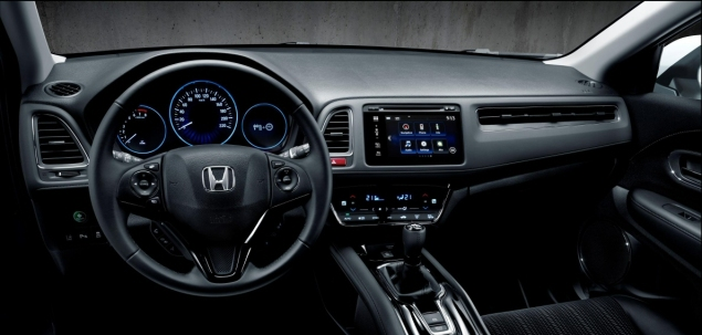 Road test review of new 2016 Honda HR-V 1.6 i-DTEC EX manual - cockpit