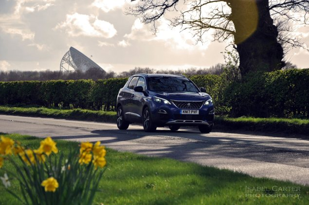 New-Peugeot-3008-crossover-SUV-road-test-review-1.2-petrol-manual-GT-Line-Magnetic-Blue-photo-01