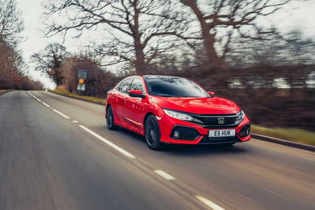 2017 Honda Civic 1.0 VTEC Turbo EX manual road test review - front 34 driving