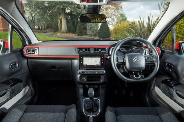 Danni Bagnall motoring writer road test review new Citroen C3 Flair - interior