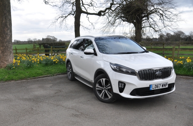 2018 Kia Sorento GT-Line S road test review Oliver Hammond blogger writer front LED lights