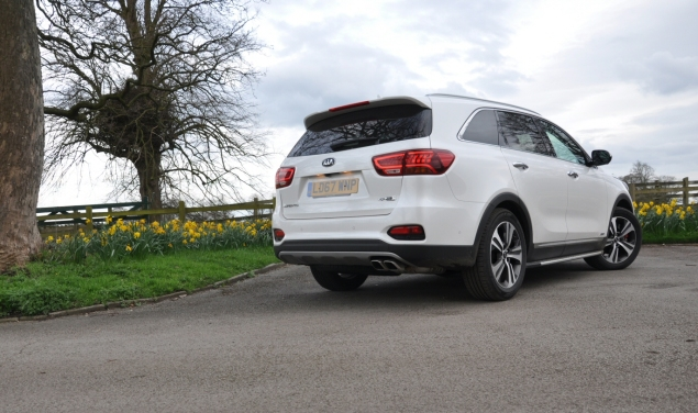 2018 Kia Sorento GT-Line S road test review Oliver Hammond blogger writer rear
