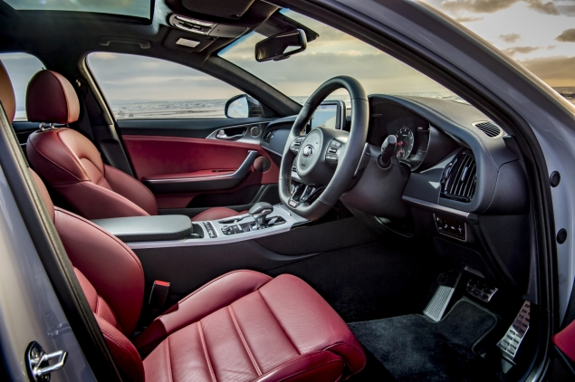 Kia Stinger GTS interior detail cabin - dashboard plastic quality