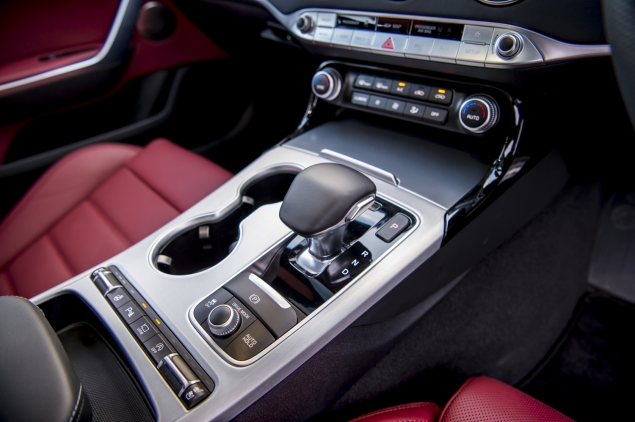 Kia Stinger GTS interior detail cabin - gear selector sport mode