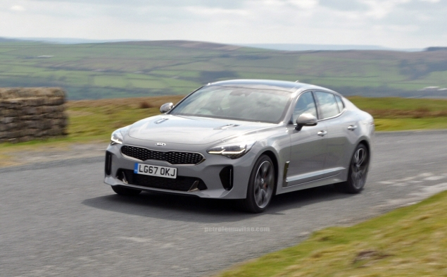 Kia Stinger GTS Oliver Hammond review blogger wallpaper photo - dynamic 2