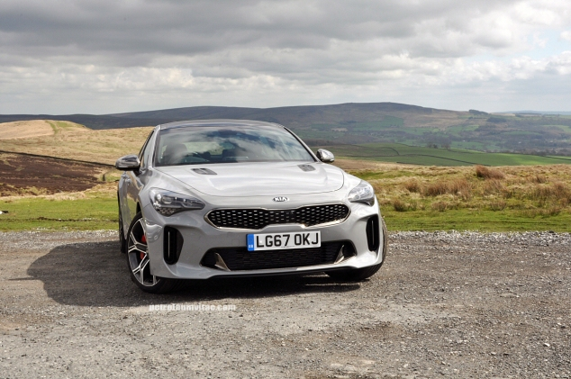 Kia Stinger GTS Oliver Hammond review blogger wallpaper photo - front static