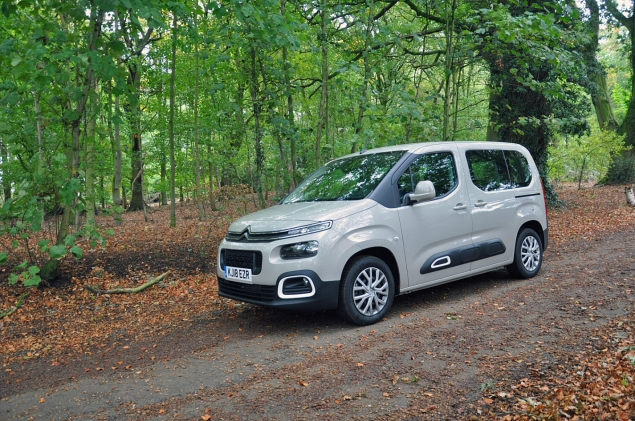 New Citroen Berlingo Multispace 1.5 HDi 100 M Feel diesel MPV road test review Oliver Hammond front 34