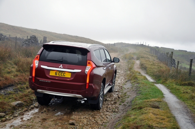 Mitsubishi Shogun Sport road test review Oliver Hammond - photo off-road 2 - photographer Isabel Carter