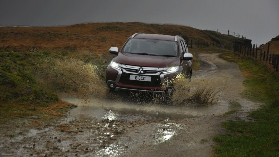 Mitsubishi Shogun Sport road test review Oliver Hammond - photo off-road main - photographer Isabel Carter