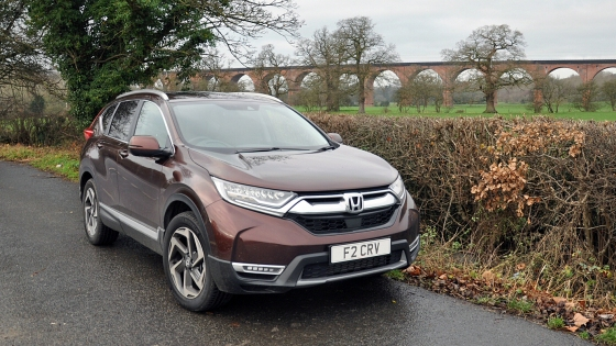 New Honda CR-V 2018 2019 UK road test review - front 34